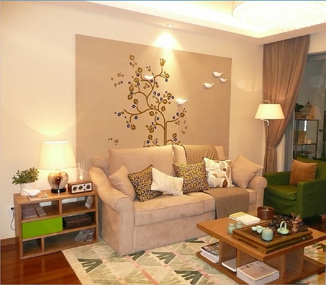 80平简约两居室沙发背景墙装修效果图