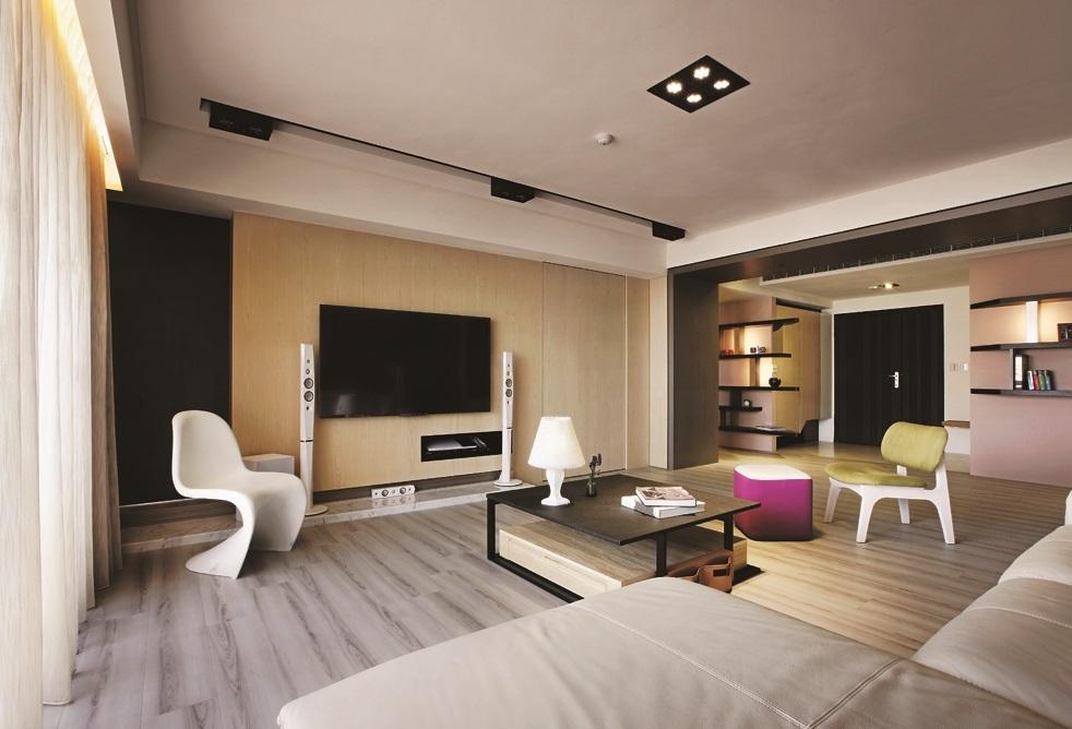 现代装饰风格客厅电视背景墙装潢图