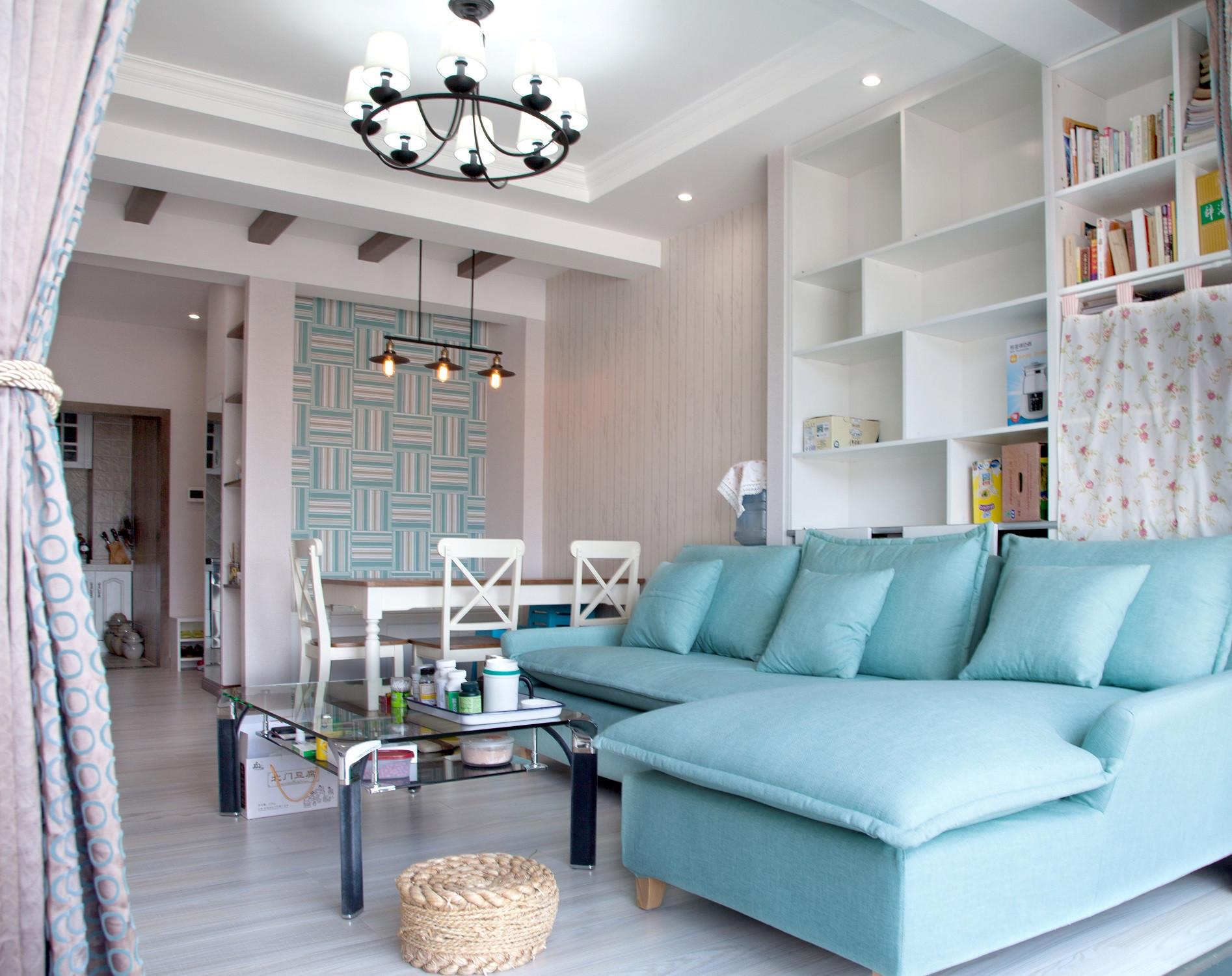 80平二居室设计客厅搭配图