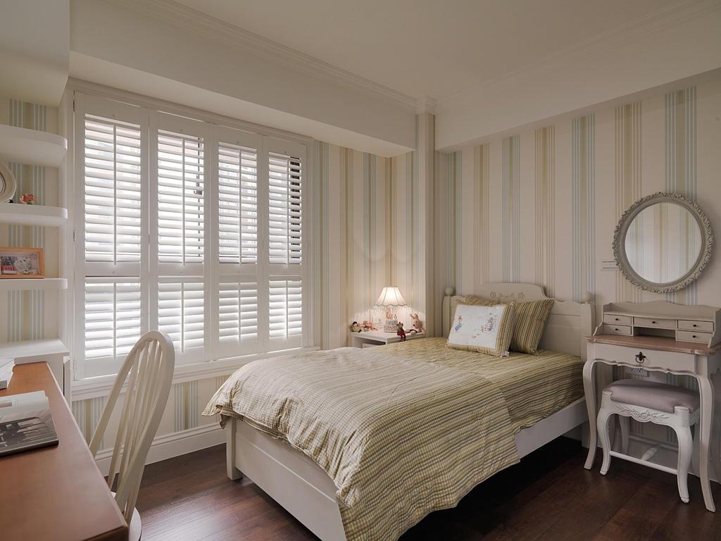 居家田园装饰风格卧室窗户设计装修图
