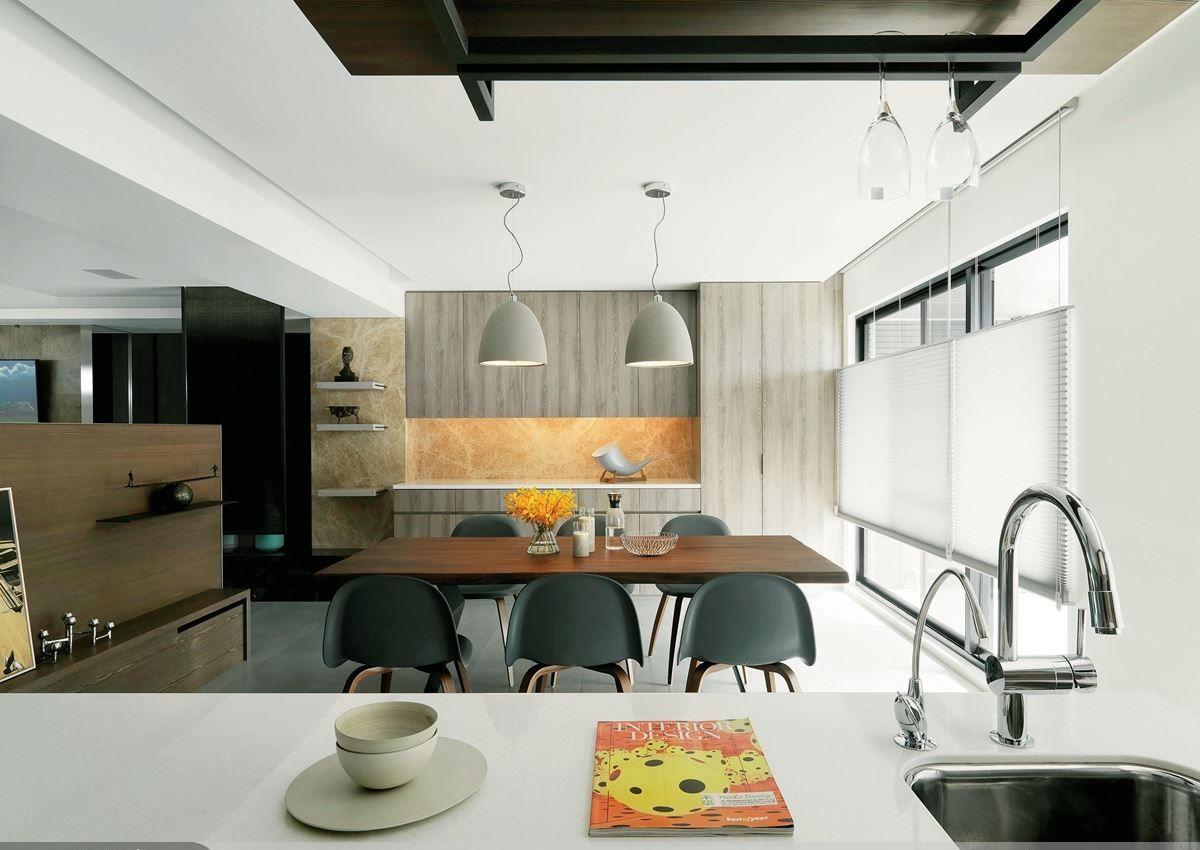 简约现代家居餐厅设计装修图
