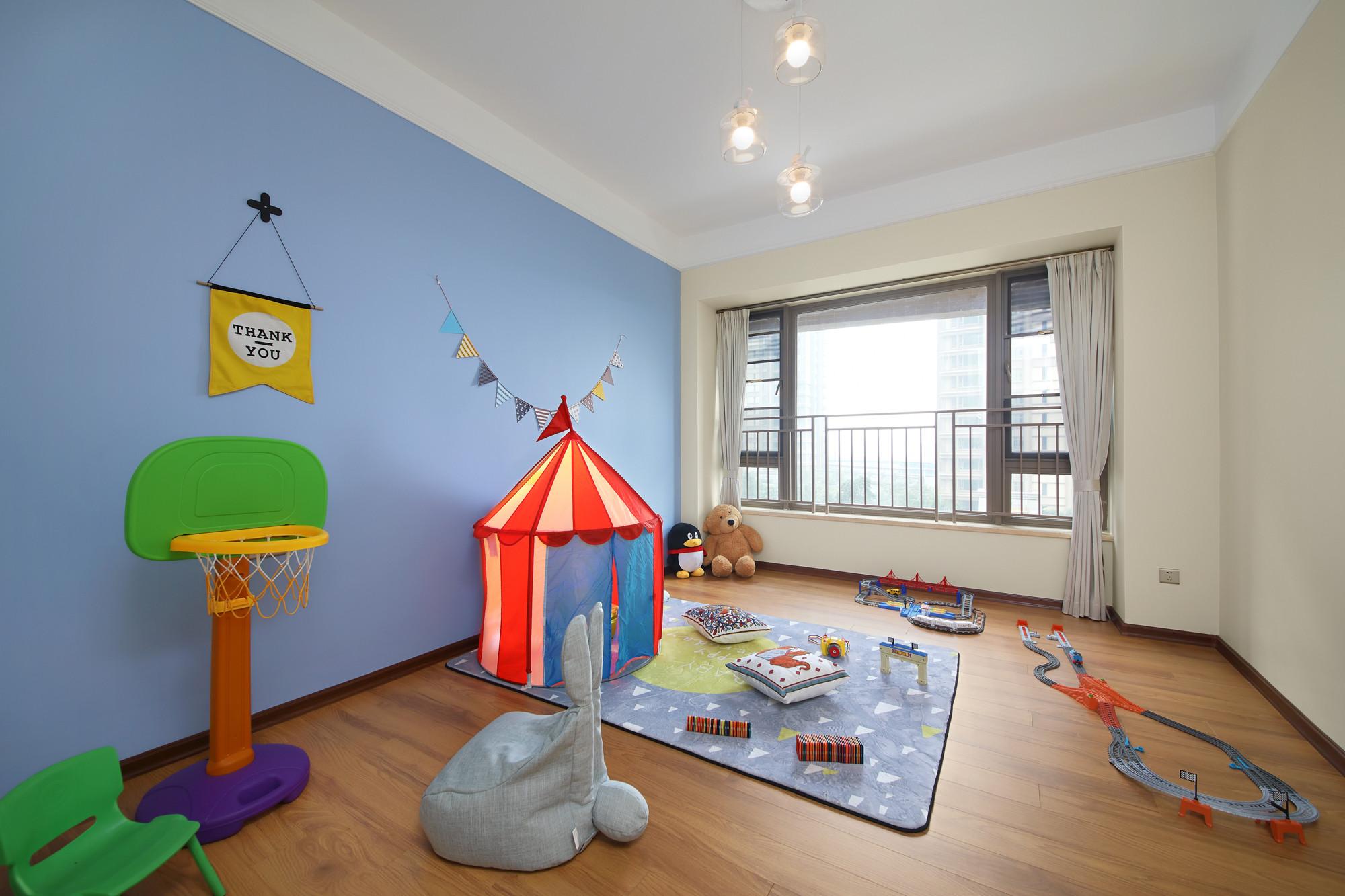 大户型轻奢美式装修儿童房欣赏图
