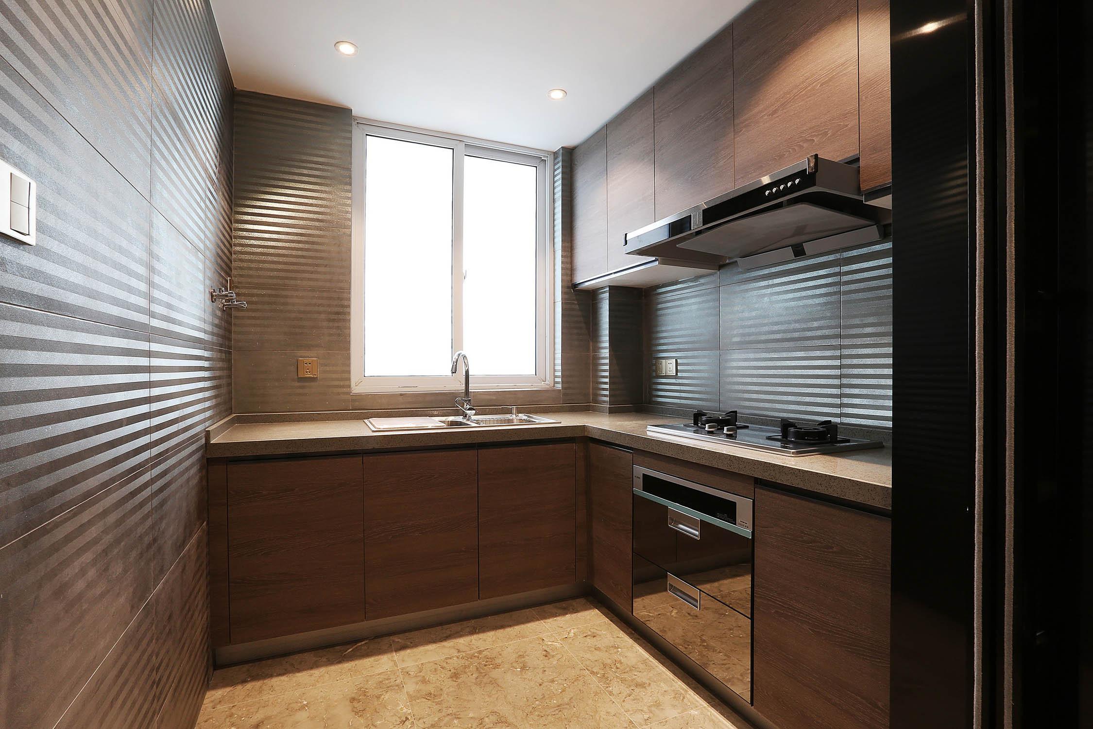 90平现代简约风设计厨房布局图