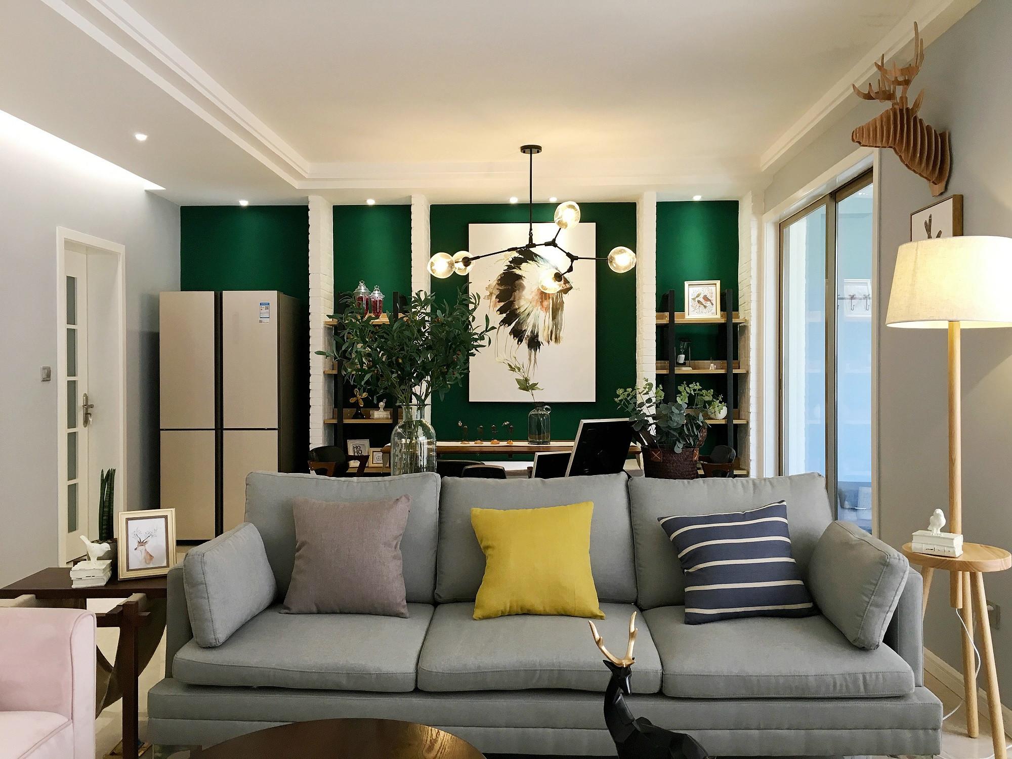 130平北欧风格家沙发图片
