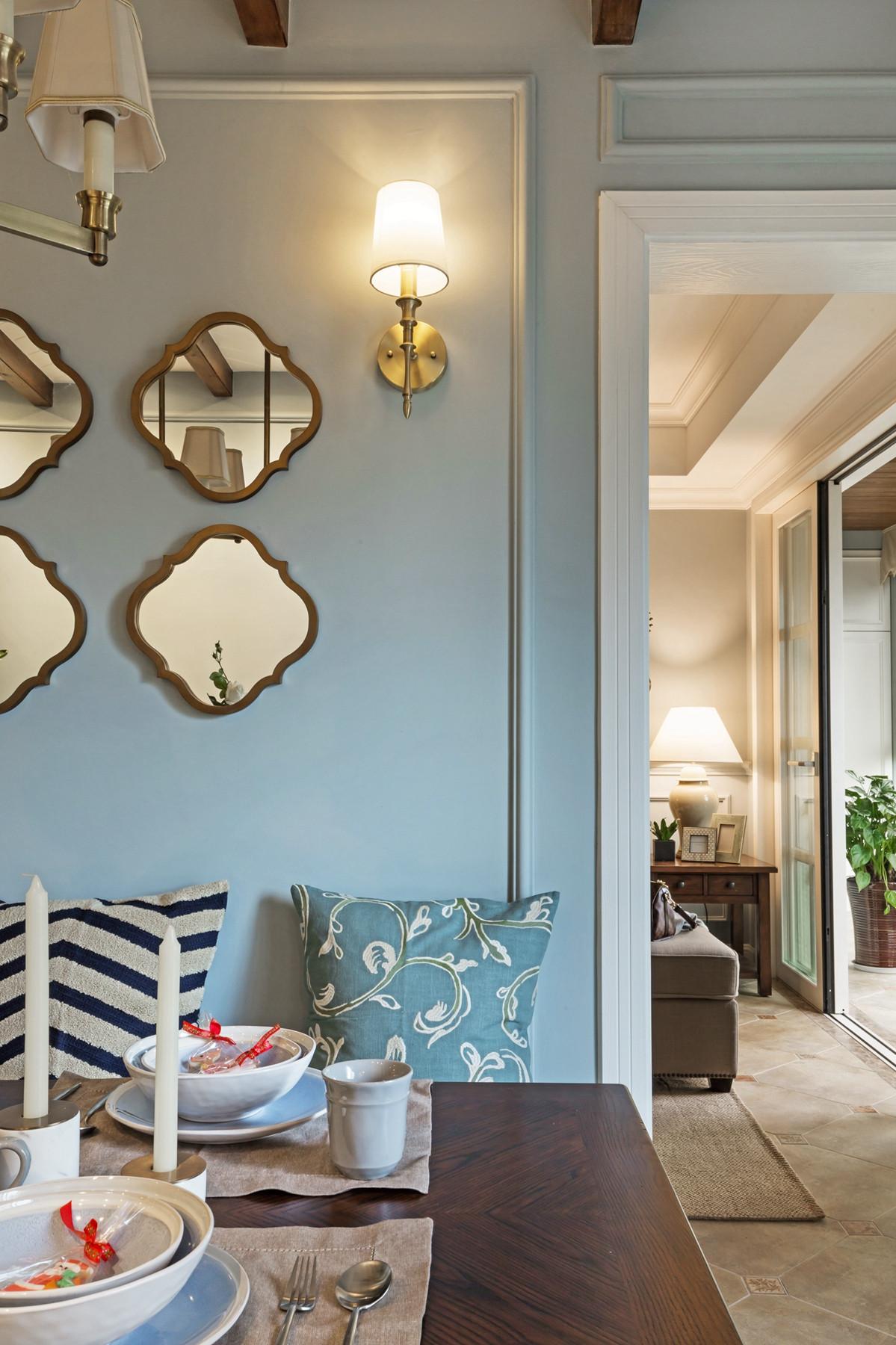 150平美式风格家餐厅背景墙设计