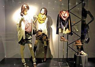 服装店模特装饰效果图片