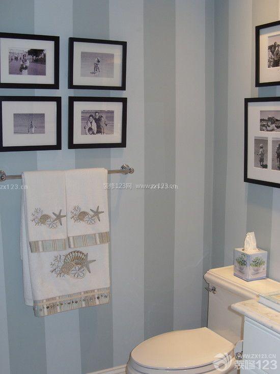 现代简约风格卫生间黑白装饰画效果图