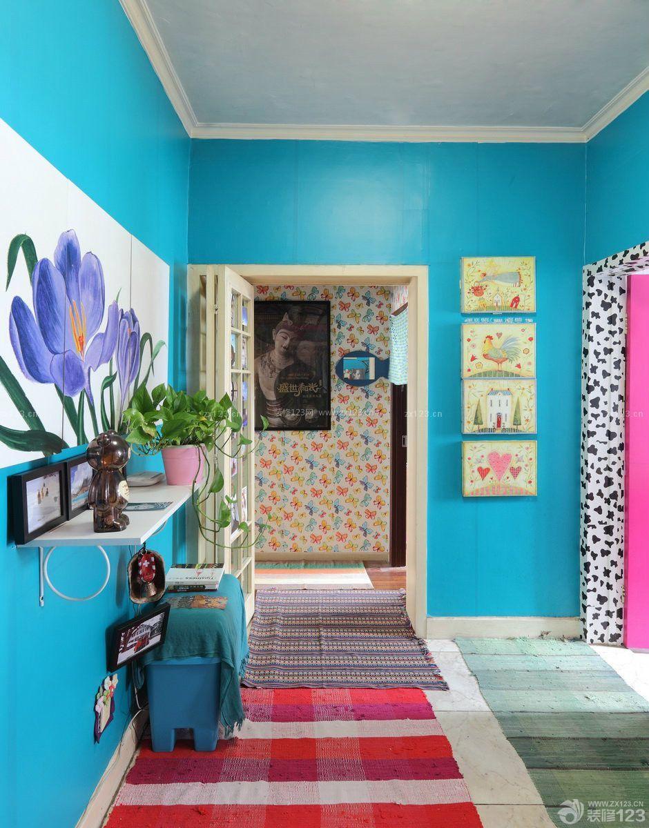 绚丽温馨入户花园照片墙拼图设计实景图