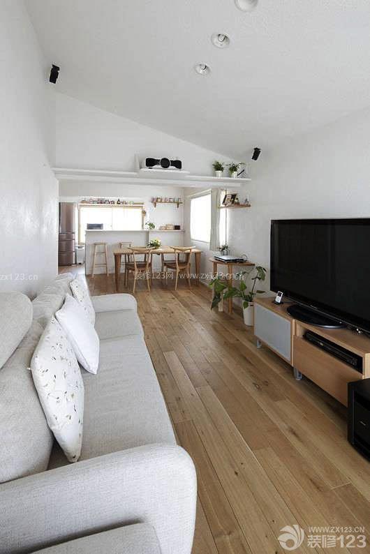 70平米2室1厅原木地板装修效果图片