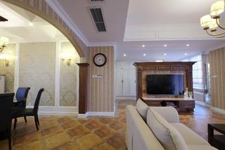 大气简洁美式三居装修拱门设计