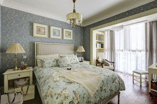 唯美时尚美式卧室带封闭式阳台隔断设计