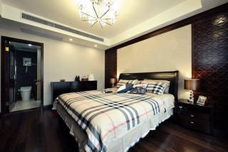 简约实木新中式设计卧室带洗手间装饰图