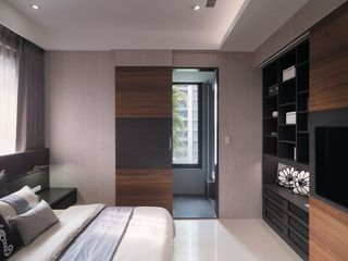 简约素雅现代家装风格卧室隔断装修图