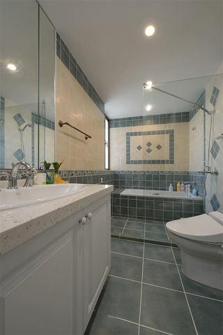 美式卫生间瓷砖装饰图
