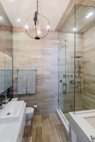 自然芝加哥风情混搭卫生间干湿隔断设计