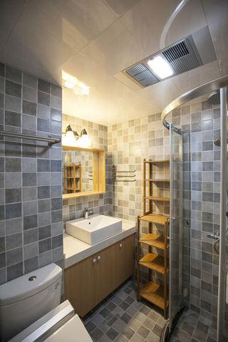 经典美式卫生间马赛克瓷砖装修效果图