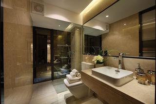 家装美式现代卫生间玻璃隔断装修图
