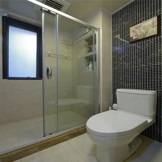 125平三居卫生间装修效果图