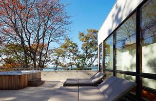 休闲美式海景别墅阳台设计