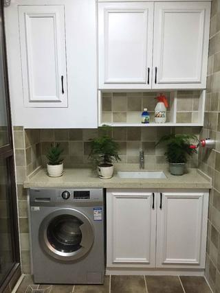 美式温馨家装修餐阳台洗衣柜图片