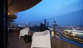 120平现代简约风格家阳台欣赏图