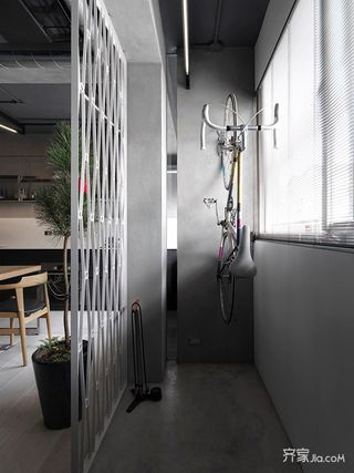 130平现代工业风阳台装修效果图