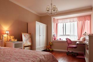 甜美粉色美式儿童房间飘窗装修