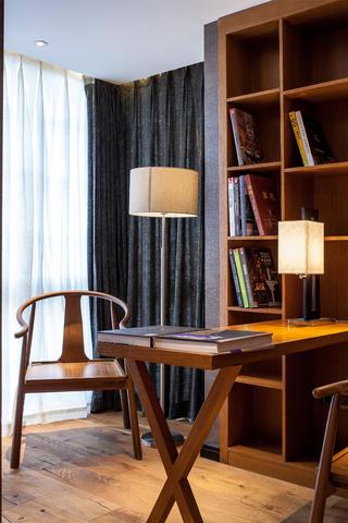 大户型中式装修书房布置图