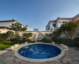 欧式风格别墅装修泳池设计