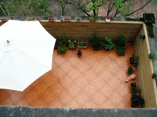 自然田园风别墅小庭院图