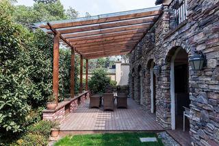悠闲美式别墅庭院设计装修图