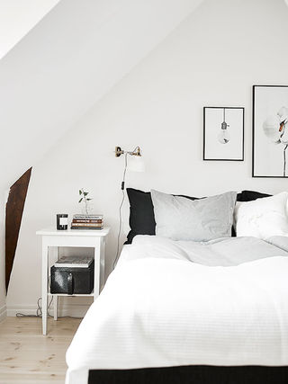 时尚黑白北欧阁楼卧室设计