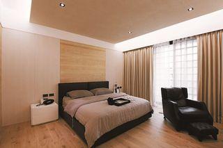 现代风格卧室窗帘装饰图