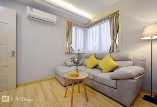 现代简约风二居装修沙发布置图