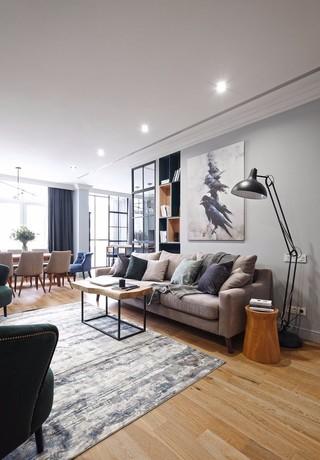 现代风三居室装修客厅沙发布置图