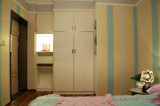 混搭三居室装修儿童房衣柜图片