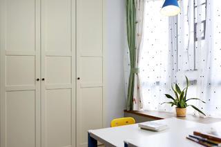北欧风三居之家衣柜图片
