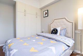 89平美式三居室装修衣柜设计图