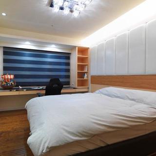 现代风格四房装修卧室布置图