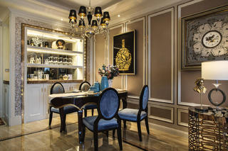 140平欧式装修餐边柜设计