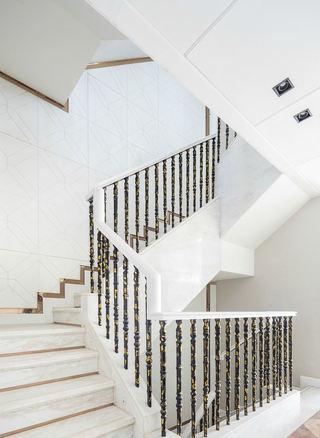 唯美新古典别墅 转角楼梯设计