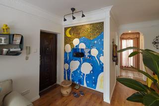70平混搭装修门厅手绘墙设计