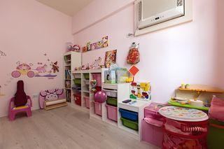甜美粉色系宜家风儿童房效果图