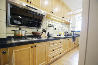 日式三居装修厨房参考图