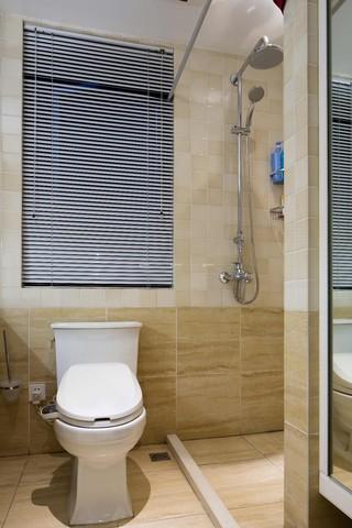 美式风格两居卫生间装修设计图