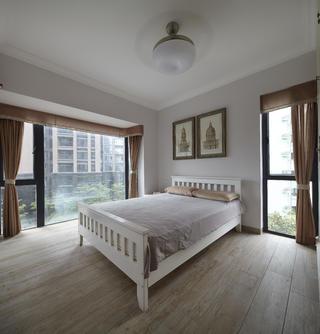 美式三居室装修老人房实景图