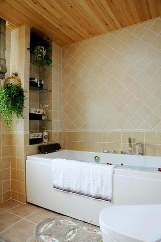 美式乡村三居室装修浴缸图片