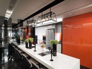 奢华摩登工业风 餐厅背景墙设计