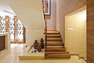 实木和谐东南亚风格复式楼梯设计装修欣赏图