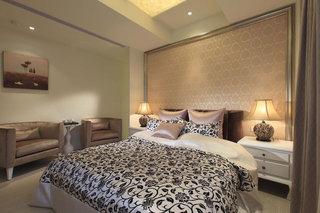 低奢新古典卧室装潢图